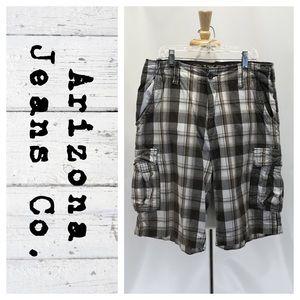 Arizona Jeans Co. plaid cargo shorts